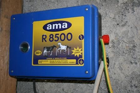 Schema Elettrico Elettrificatore Per Recinzioni : Recinto elettrico come funziona e come costruirne uno